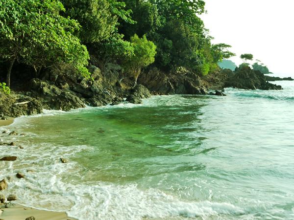 Sisi Barat Pulau Kelapa 1