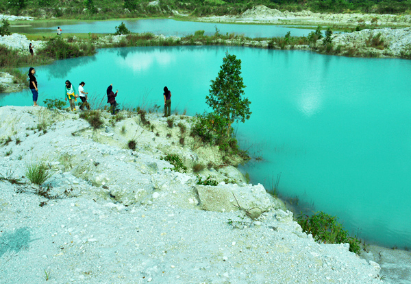Belitung Island - Kaolin lake, and it's size