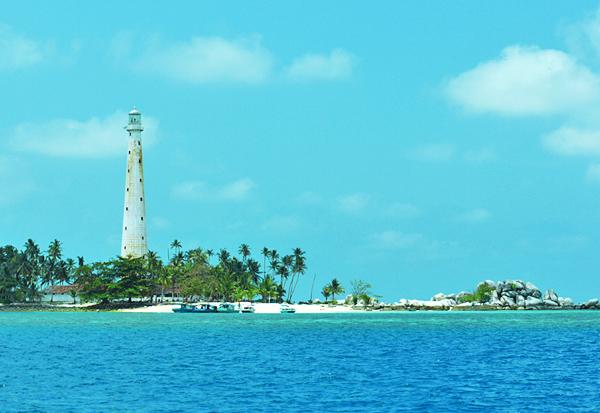 Belitung Island - Lengkuas island