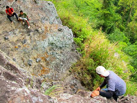 Jalur Menuju Puncak Gunung Margoboyo, Wonogiri