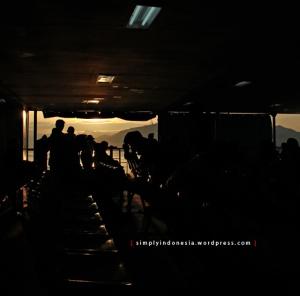 Dek Kapal Ferry - KMP Trisila Bhakti II