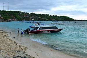 Exterior speedboat Lembongan Sugriwa Express