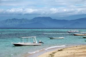 Suasana pagi di Pantai Jungut Batu, Nusa Lembongan