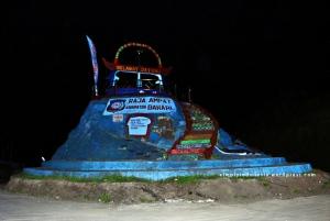 Tugu Bahari Kabupaten Raja Ampat