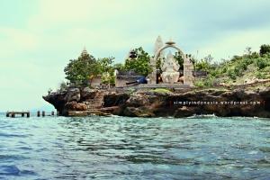 Pura Ganesha Pulau Menjangan