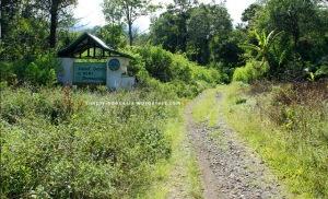 Gapura Selamat Datang di Bumi Perkemahan Taman Nasional Kerinci Seblat