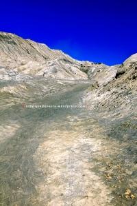 Jalan menuju tangga Gunung Bromo