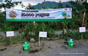 Penanaman 10,000 Pohon - Hijau Bersama Daihatsu