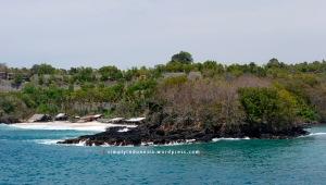Pantai di sekitar Pelabuhan Padang Bai Bali
