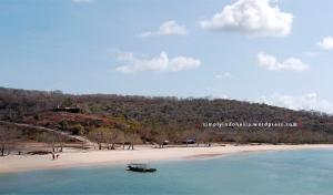 Pantai Tangsi (Pink Beach), Tanjung Ringgit - Lombok 2