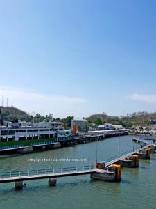 Pelabuhan Lembar Lombok (portrait)