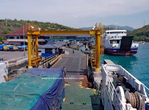 Suasana di Pelabuhan Padang Bai Bali