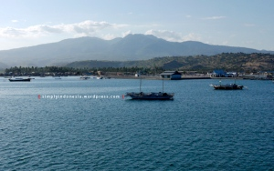 Pemandangan laut di sekitar Pelabuhan Sape
