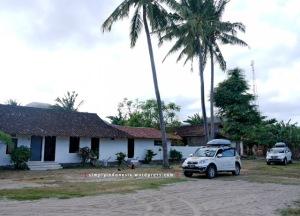 Pelataran parkir Aman Gati Hotel Sumbawa