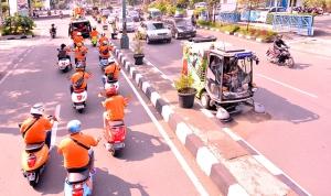 Konvoi keliling Kota Bandung