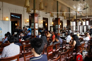 Suasana Kongkow Bareng Food & Travel Blogger di Cafe Batavia Kota