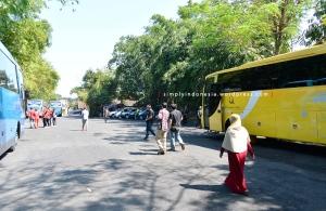 Area Parkir 1