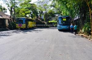 Area Parkir 2