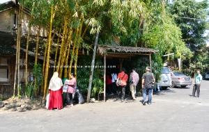 Pintu Masuk Saung Angklung Udjo (SAU)