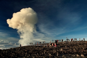 Tips Summit Attack (Muncak) Gunung Semeru